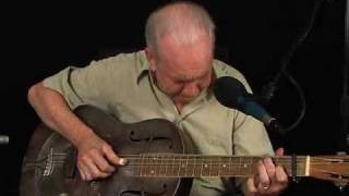 Country Blues Guitar Lessons - Dirt Road Blues - Paul Rishell - Low Down Rounder