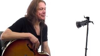 Robben Ford Q&A #2 - Picking Techniques