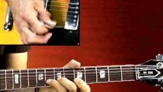 Blues Guitar Lesson - Soloing Key of A Blues Shuffle - Larry Carlton