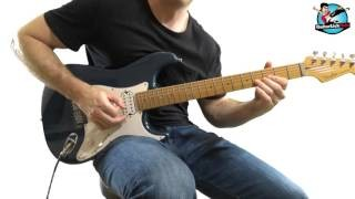 Shredding Guitar Licks in B Minor #1 - Fast Chromatic Legato Ideas