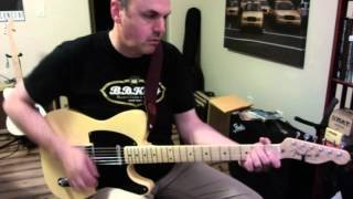 Sean Bray demos a country lick over an E chord